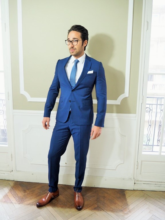 costume armani collezioni bleu de france vikt r concept. Black Bedroom Furniture Sets. Home Design Ideas