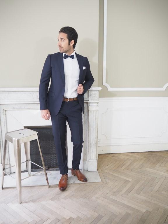 35d8382fd14 Costume Armani Collezioni bleu - Viktör Concept Homme